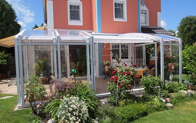 TOPAS Solar Veranda, die elegante Terrassenüberdachung