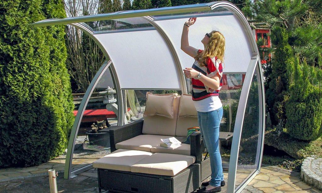 MONA Gartenüberdachung mit Sonnenschutz