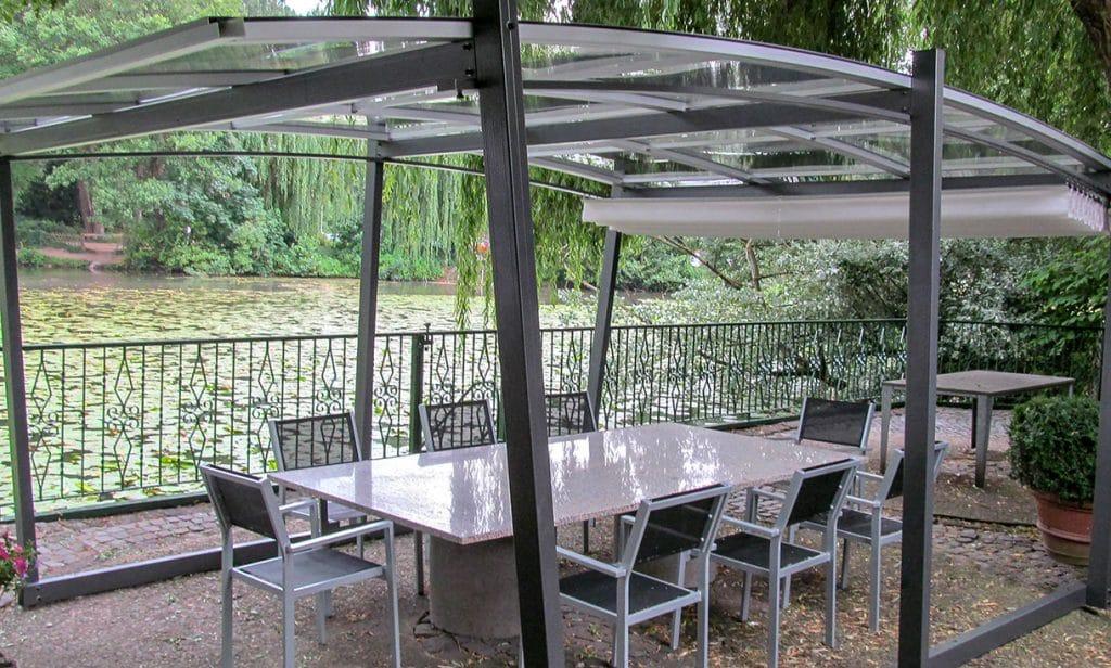 SAKURA Gartenüberdachung aus Glas