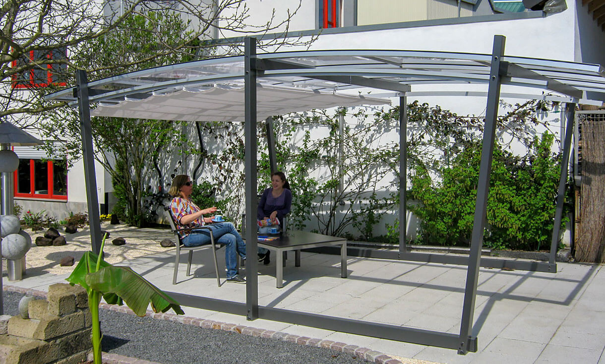 die freistehende pergola mit transparentem dach sakura. Black Bedroom Furniture Sets. Home Design Ideas